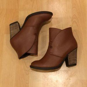MAS Artisan brown leather booties, NWB, Size 6.5